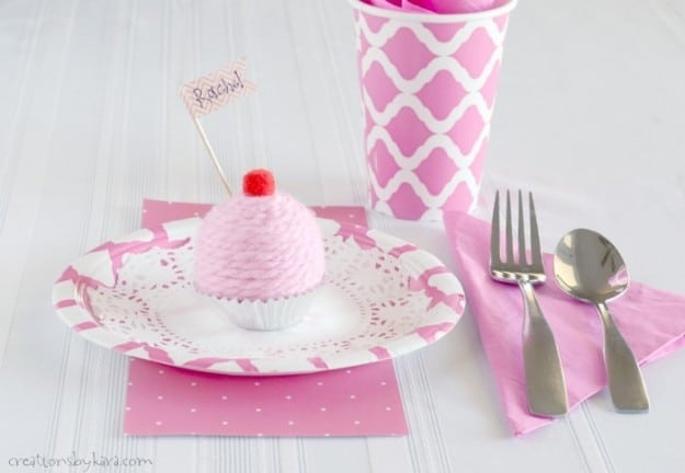 Cute little cupcakes that are perfect for birthday party decorations