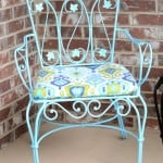 Learn how to transform rusty metal furniture from drab to beautiful!