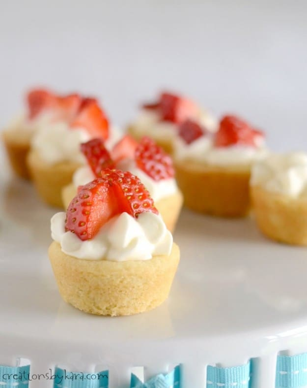 These Strawberry Shortcake Cups are perfect for feeding a crowd!