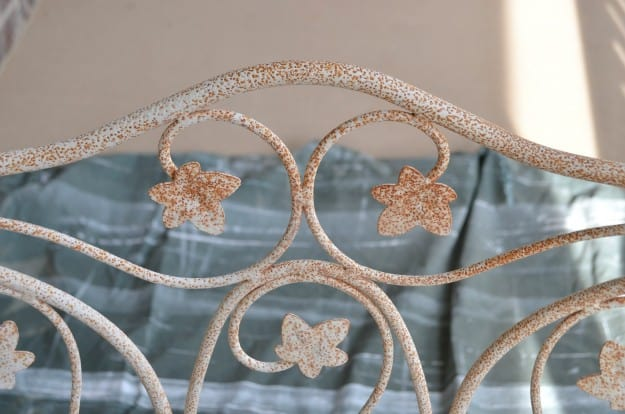 Don't toss out your rusty patio furniture! I'll show you how to make it beautiful again!