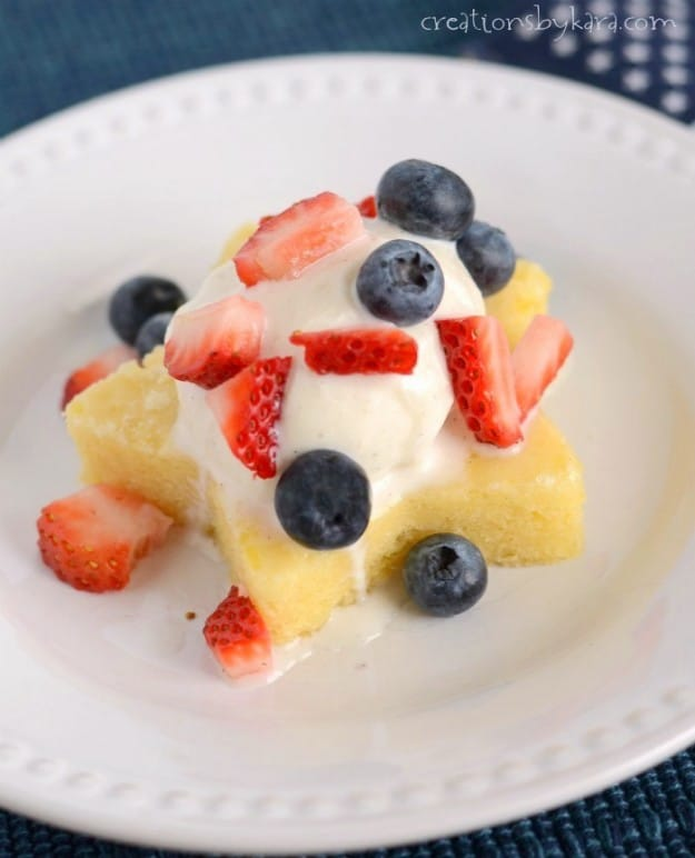 Lemon Berry 4th of July Dessert - this lovely dessert has an unbeatable fresh flavor!