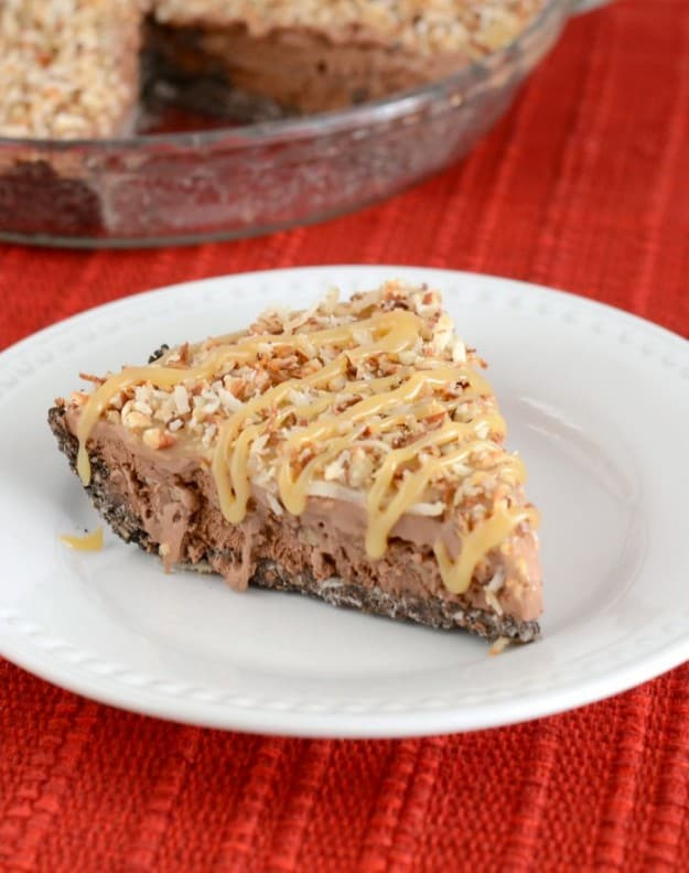 If you love German chocolate cake, you must try this German Chocolate Ice Cream Pie!