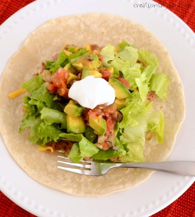 Recipe for homemade tostadas with sauce