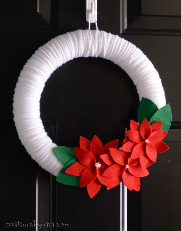 Felt Poinsettia Christmas Wreath- free pattern included!