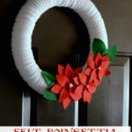 Felt Poinsettia Christmas Wreath- easy to make with this step by step tutorial!