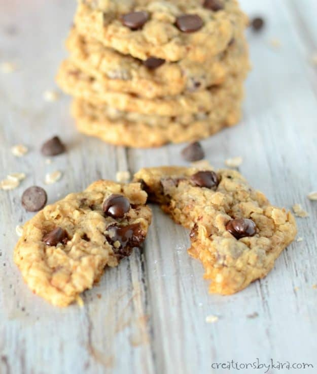 Recipe for toasted oat chocolate chip cookies