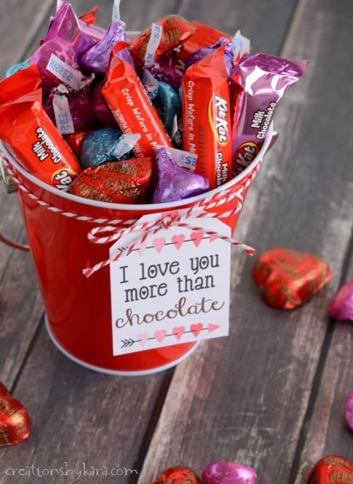 Valentine gift baskets filled with chocolate- includes free printable tags!