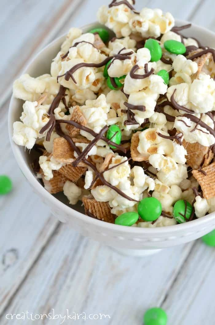 St. Patrick's Day Smore's Snack Mix