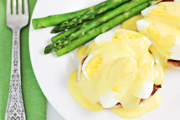 Mother's Day Brunch Recipes - Eggs Benedict