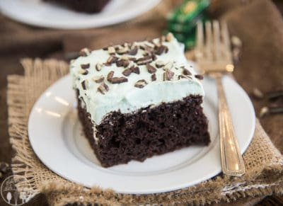 mint-chocolate-poke-cake-5