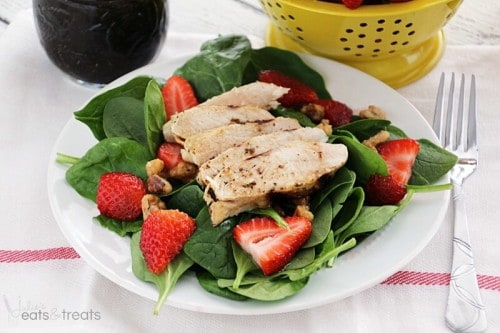 Strawberry-and-Balsamic-Grilled-Chicken-Salad-Landscape