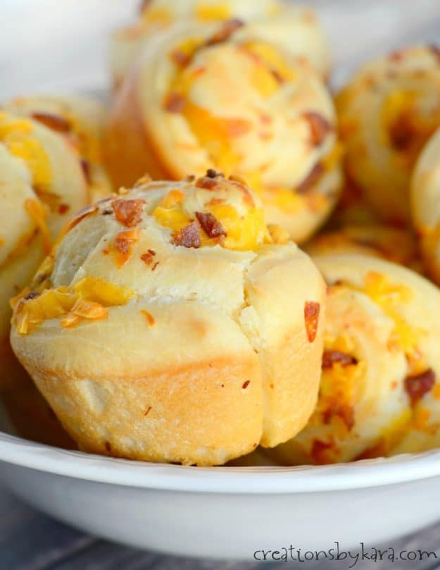 These savory Bacon Cheese Rolls will be a hit with everyone who tries them. They are perfect with a bowl of soup!