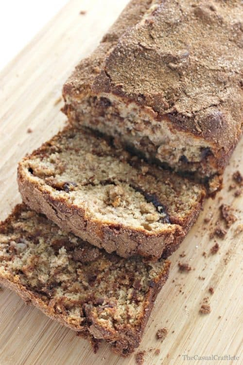 cinnamon-swirl-banana-bread-the-casual-craftlete1