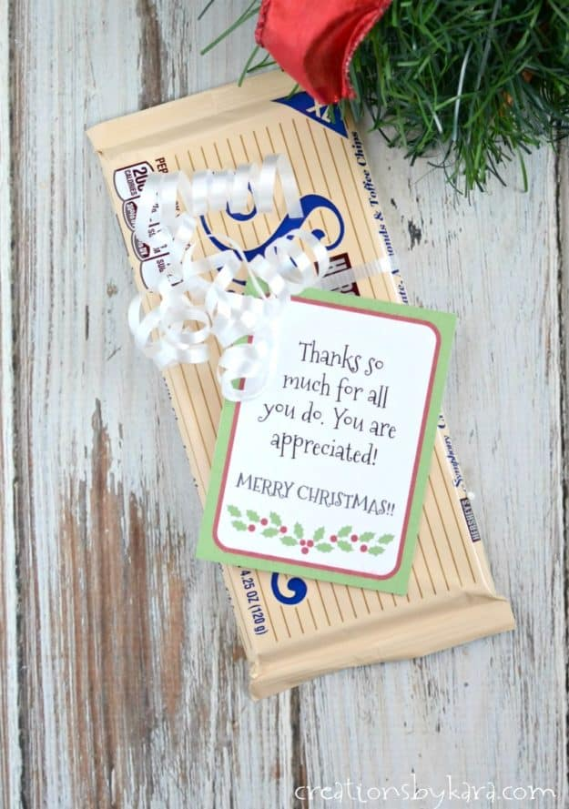 gratitude Christmas gift tag on a candy bar