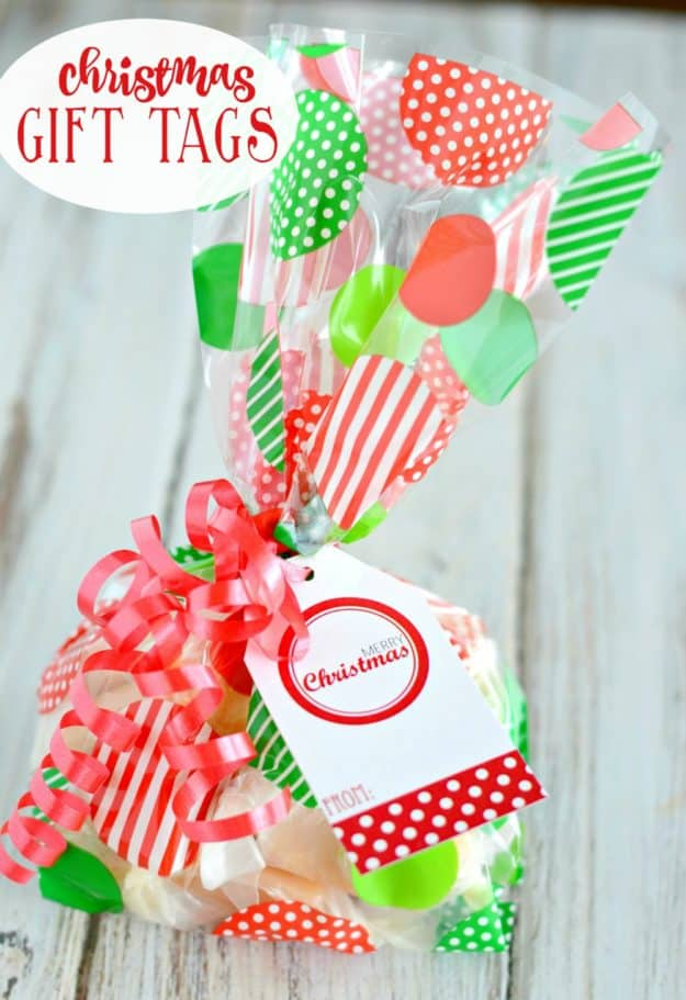 Red and White Free Printable Christmas Gift Tags - add these gift tags to packages or bags for a cute Christmas gift!