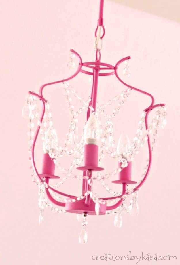 How to paint a chandelier with BB Frosch chalk paint. Customize a chandelier with chalk paint.