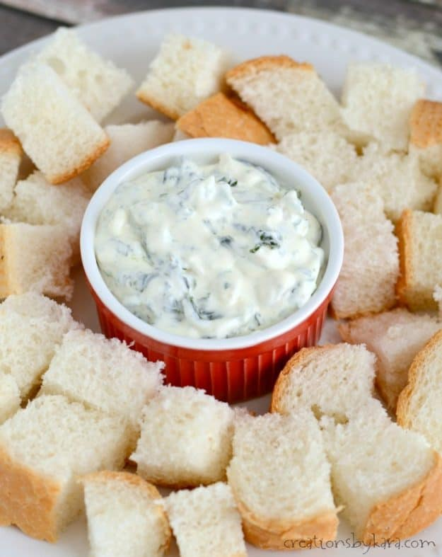Creamy spinach dip is an easy and delicious appetizer. Everyone loves this spinach dip!