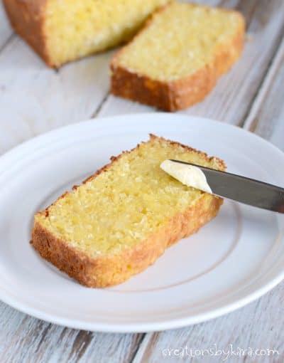 We love this Hawaiian bread toasted with butter. It is an easy and delicious tropical bread recipe.