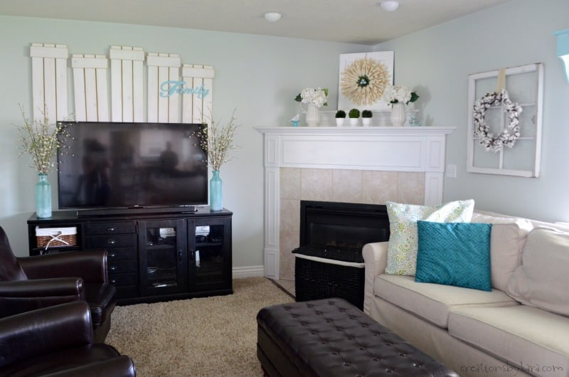 Simple coastal family room makeover - sea salt paint, aqua home decor