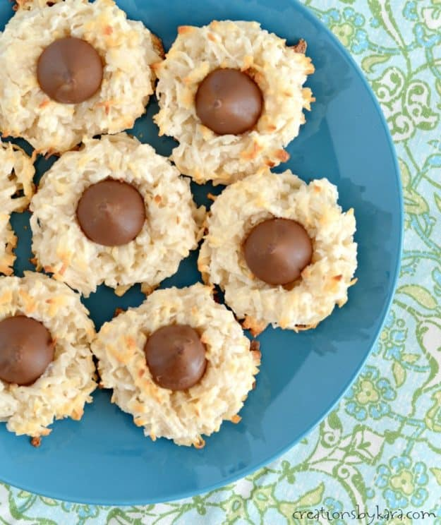 overhead shot of coconut macaroon kiss cookies