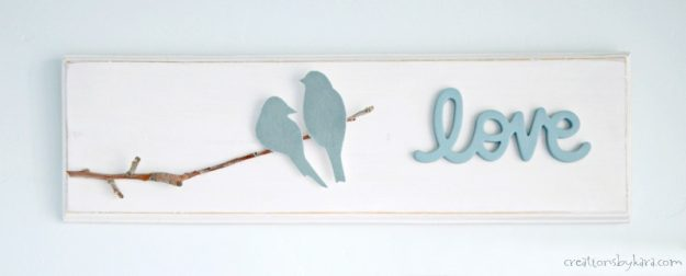 Wood Love Bird Sign - perfect for master bedroom decor #woodsign #tutorial #lovebirds