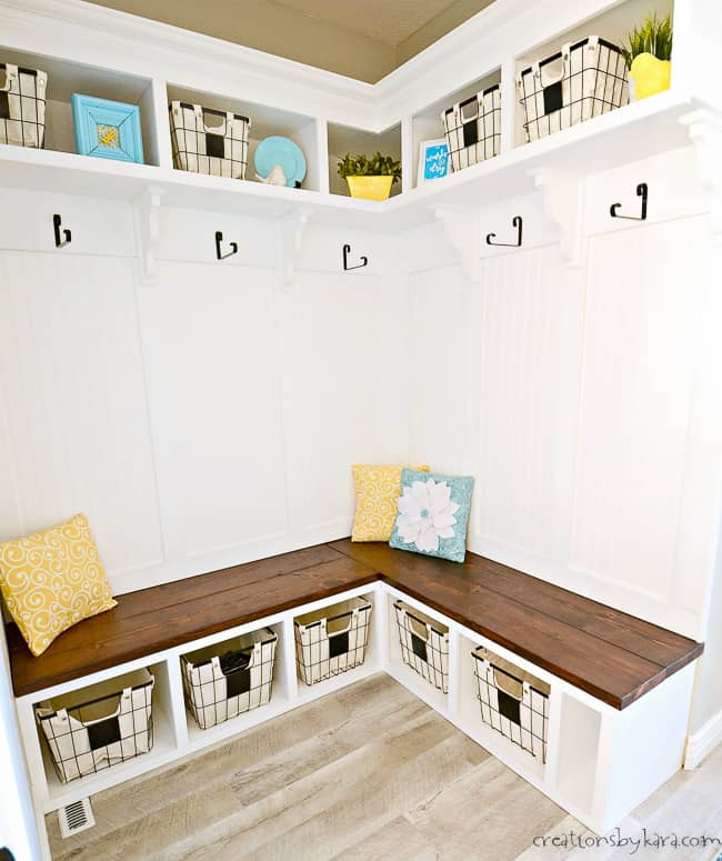 How To Build A Corner Bench With Cubbies