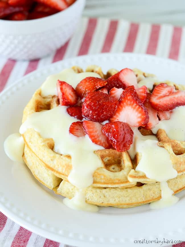 recipe for oatmeal waffles with berries