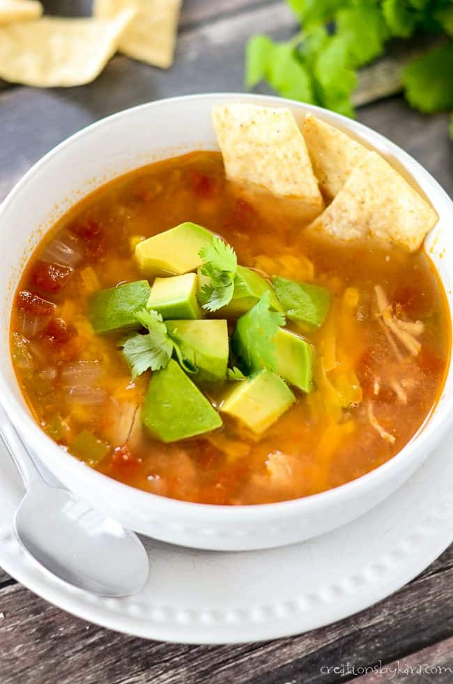 instant pot chicken tortilla soup with avocados and tortilla chips