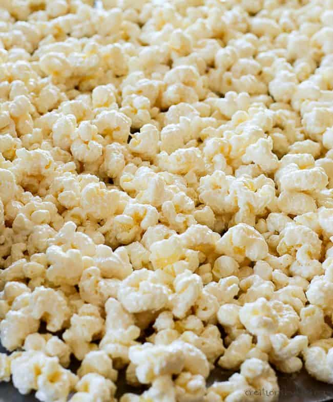 how to make easy white chocolate puffcorn