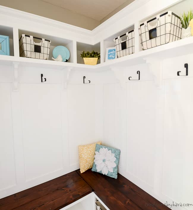 Corner Mudroom Bench With Cubbies And Shelves Creations