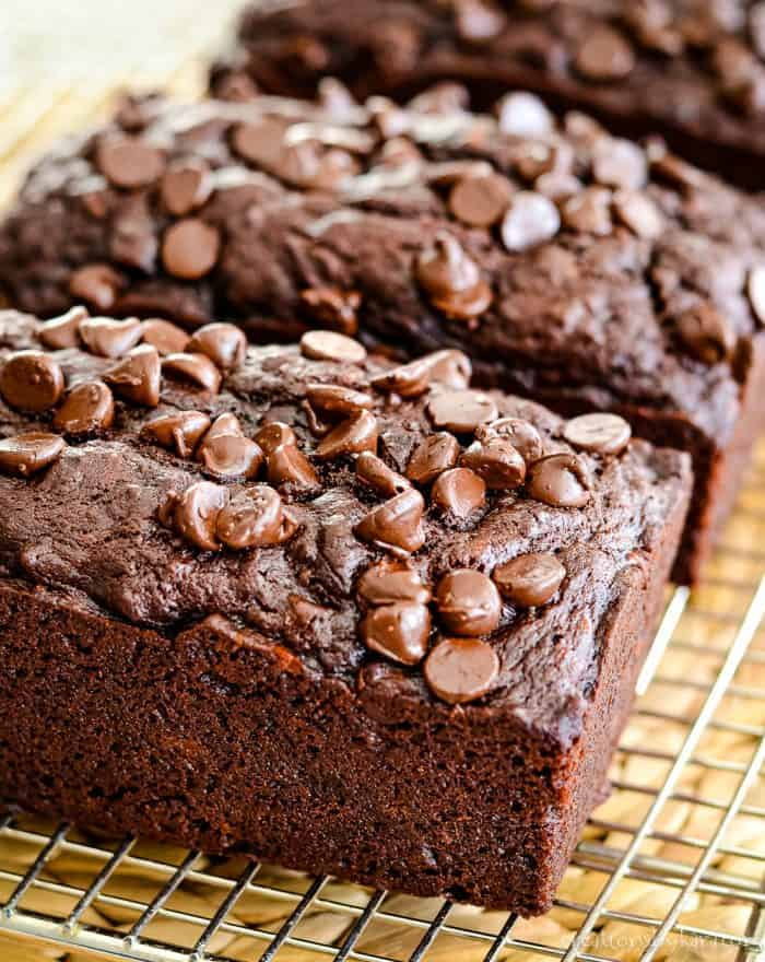 chocolate chips on top of banana bread