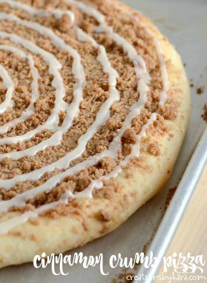 cinnamon crumb dessert pizza title photo
