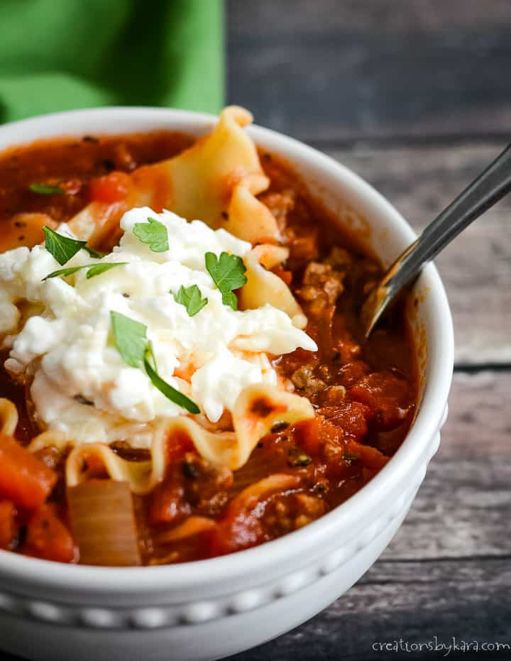 bowl of easy lasagna soup with a spoon in it