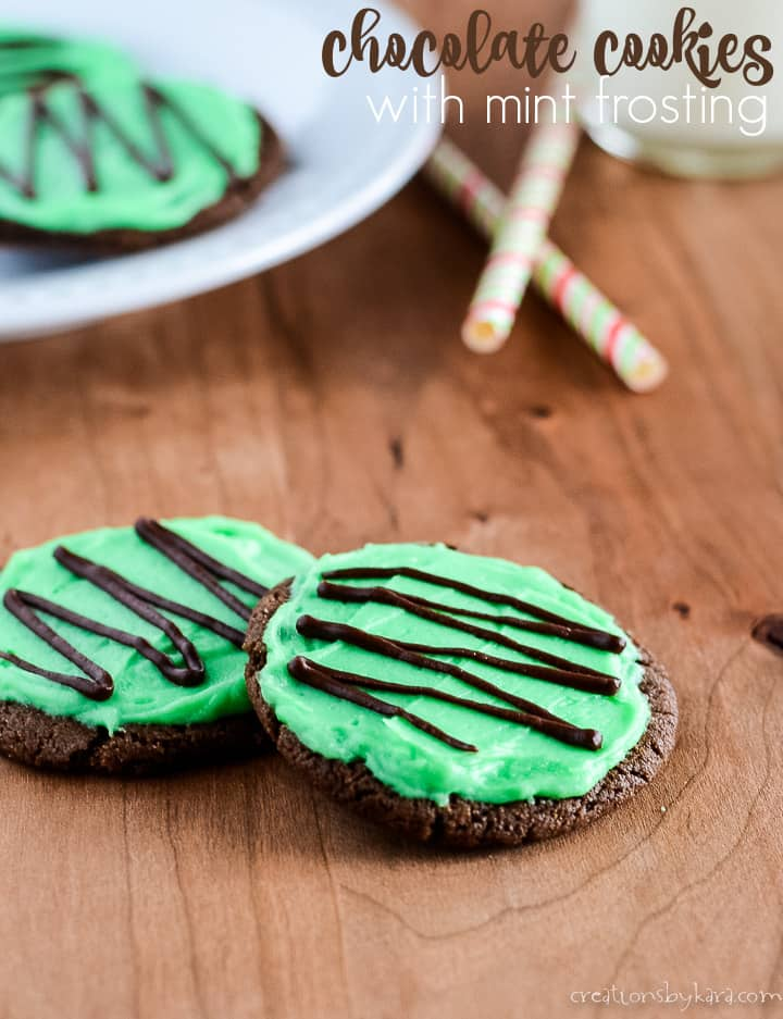 chocolate cookies with mint frosting title photo