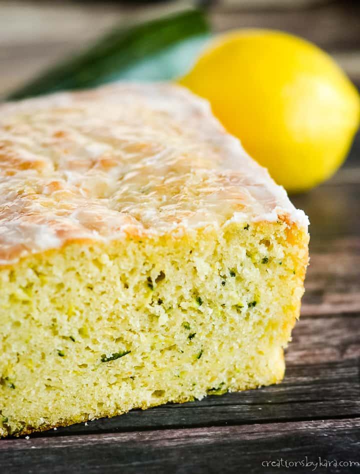 close up of sliced lemon zucchini bread
