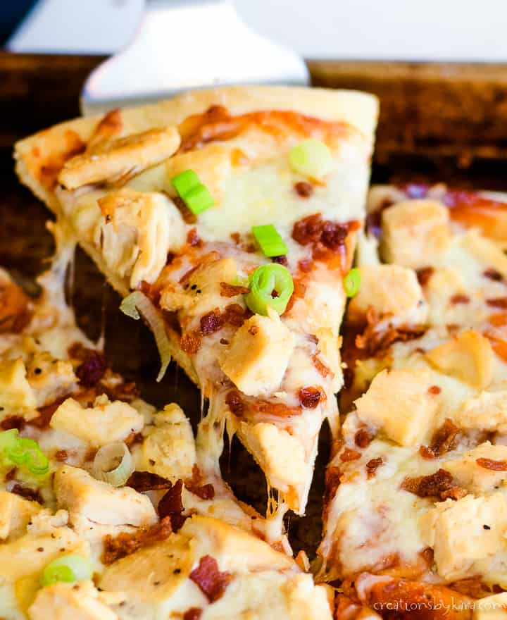 close up of barbeque chicken pizza