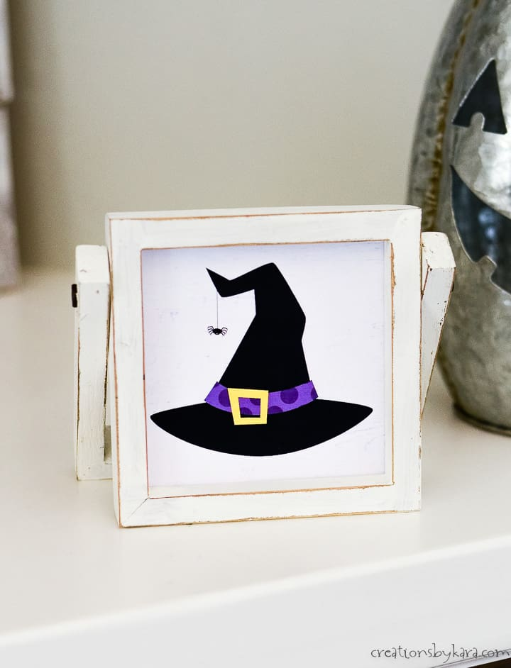 witch hat halloween sign