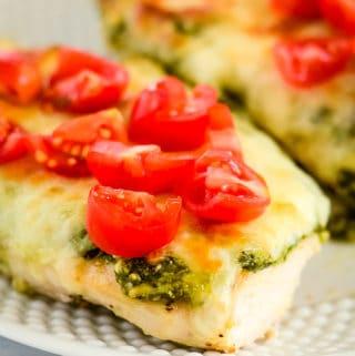 keto pesto chicken with mozzarella